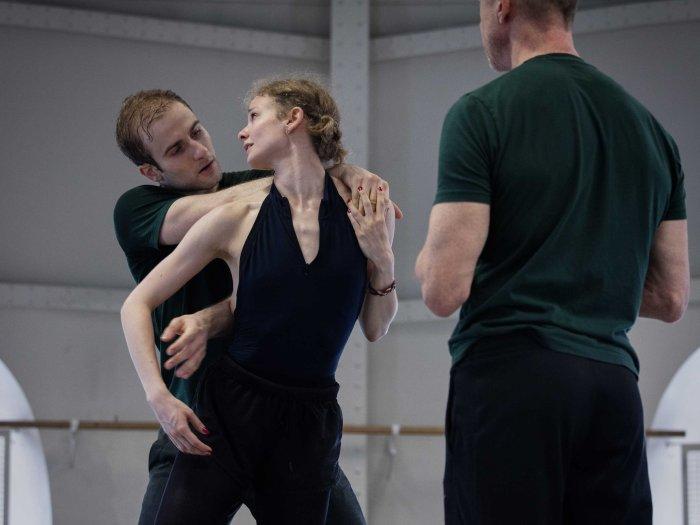Léonore Baulac François alu danseurs opera de paris blake works forsythe