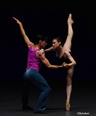 vareilhes bertaud forsythe approximate sonata danse 2